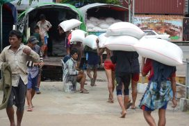 Myanmar exports about 20,000 bags of rice to China via Bhamo-Lwejel route