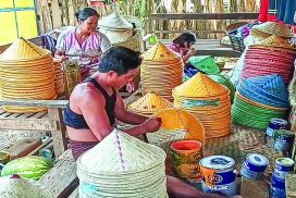 Bamboo hat makers in Wuntho earn extra income