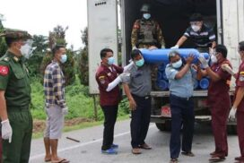 82 oxygen cylinders ordered from Thailand arrive in Tachilek