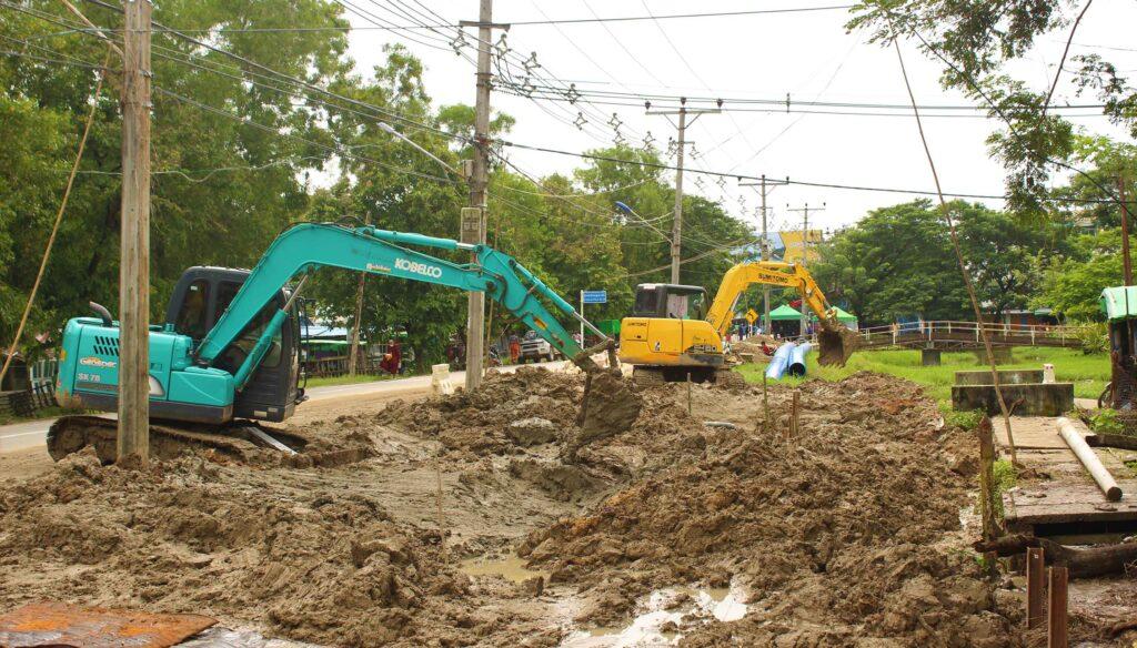 ဒလမြို့နယ်အတွင်း ရေပိုက်လိုင်း သွယ်တန်းဆောင်ရွက်နေမှု 2 mk