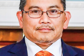 Dato Erywan Pehin Yusof, Brunei Foreign Affairs Minister (II) appointed as the special envoy of ASEAN alternate chairman to Myanmar
