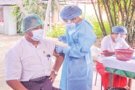Members of Myanmar press council receive COVID-19 vaccine