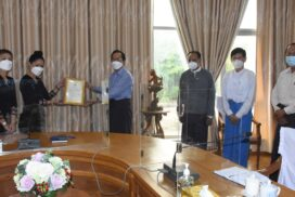 Health Ministry receives 1,000 40-litre oxygen cylinders from Chenxi Chinyang Co Ltd