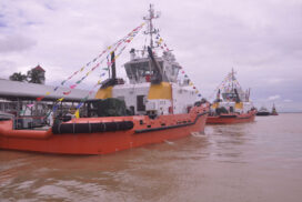Myanmar receives two new tugboats purchased from China
