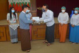 UEC donates 100 oxygen cylinders, K1.4 million to Nay Pyi Taw General Hospital (1000-bed)