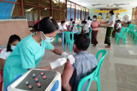 IDPs, local people receive 1st dose of COVID vaccine in Yathedaung Tsp