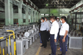 Union Industry Minister inspects running of factories in Bago, Magway regions