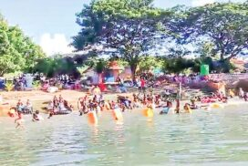 Hlay Khwin Taung Pagoda and Paung Laung River in Nay Pyi Taw crowded in Thadingyut festival