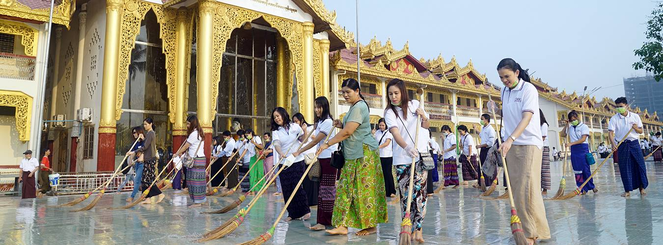 Cleaning-up-activity-on-Botathaung-pagoda_2