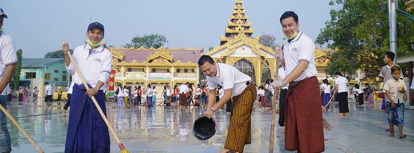 Cleaning-up-activity-on-Botathaung-pagoda_3