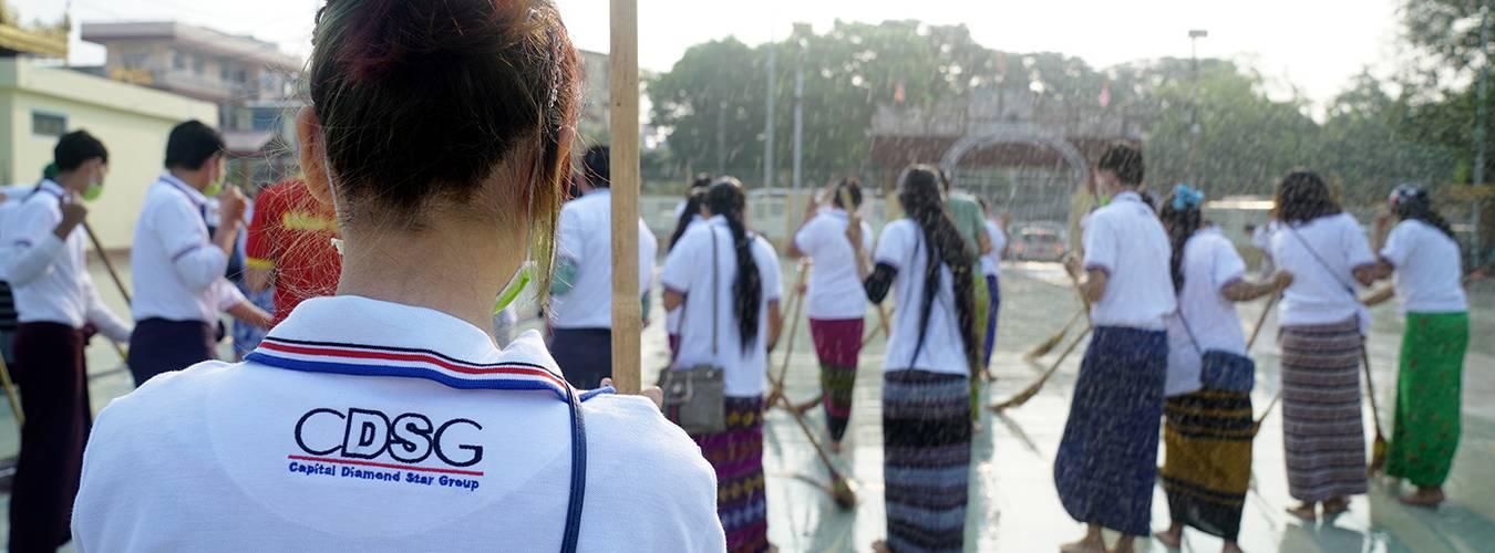 Cleaning-up-activity-on-Botathaung-pagoda_4