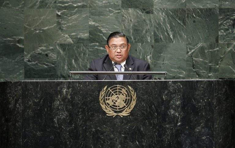 Foreign Minister1