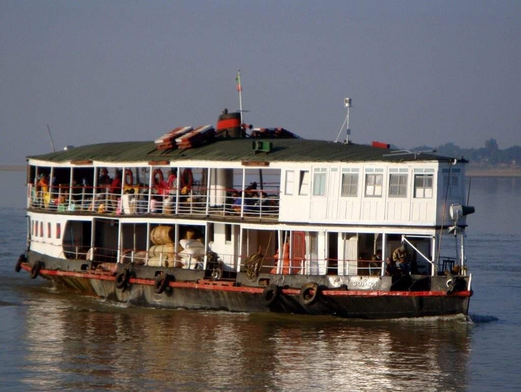 Inland Water Transport's ferry on the Ayeyawady River.—Photo:vagabondtraveltales.com