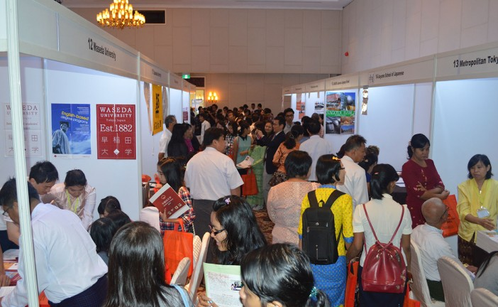 Myanmar students throng Japan Education Fair 2014 in Yangon