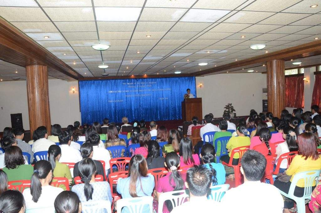An opensing ceremony of Certificate Course No. 34/2014 on Basic Diplomatic Skills in progress.
