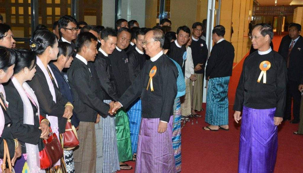 President U Thein Sein greets the guests at the state dinner party held at Myanmar International Convention Centre-2, congratulating successful accompishments of Myanmar during  ASEAN chairmanship.