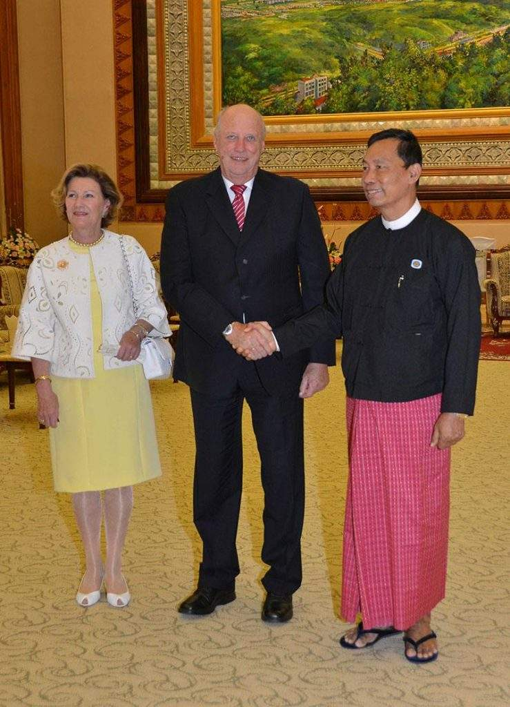 Norwegian King His Majesty Harald V and Her Majesty Queen Sonja seen with Speaker of Pyidaungsu Hluttaw and Pyithu Hluttaw  Thura U Shwe Mann.—mna