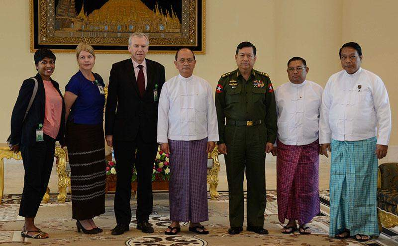 President U Thein Sein poses for documentary photo with Mr Yves Letterme, Secretary General of the International Institute for Democracy and Electoral Assistance (IDEA) and party.—mna