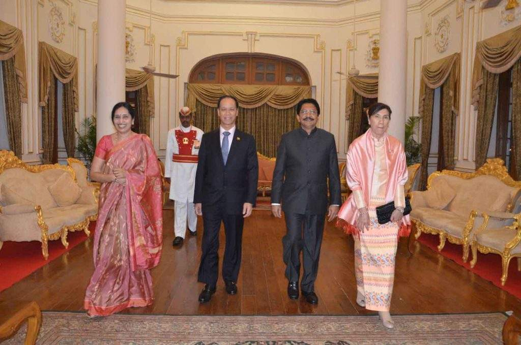 Vice President Dr Sai Mauk Kham and wife Daw Nan Shwe Hmon seen  together with Governor of Maharashtra State Chennamaneni Vidyasagar Rao and wife.