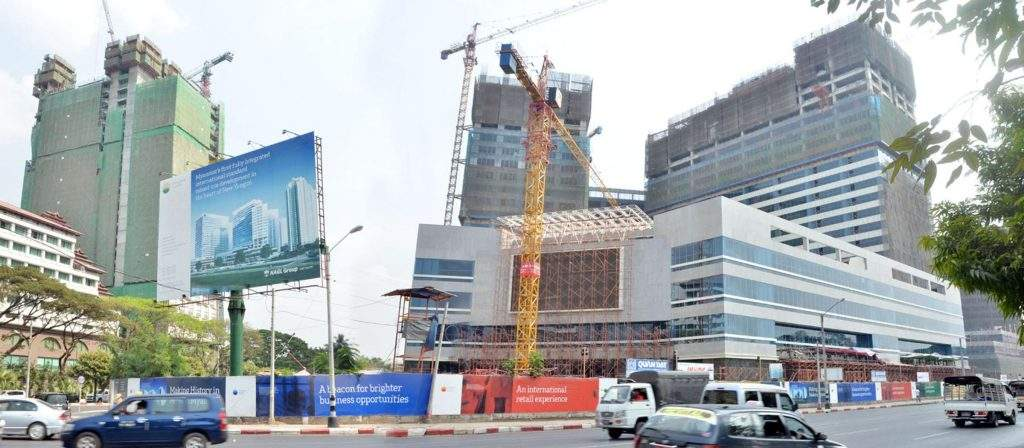 Construction projects in Yangon City suspend work processes to review environmental impacts.