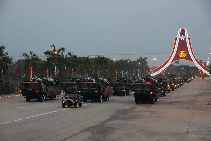 Missile carriers marching into parade ground where 70th Anniversary of Armed Forces Day parade 2015 is being held on 27 March 2015.