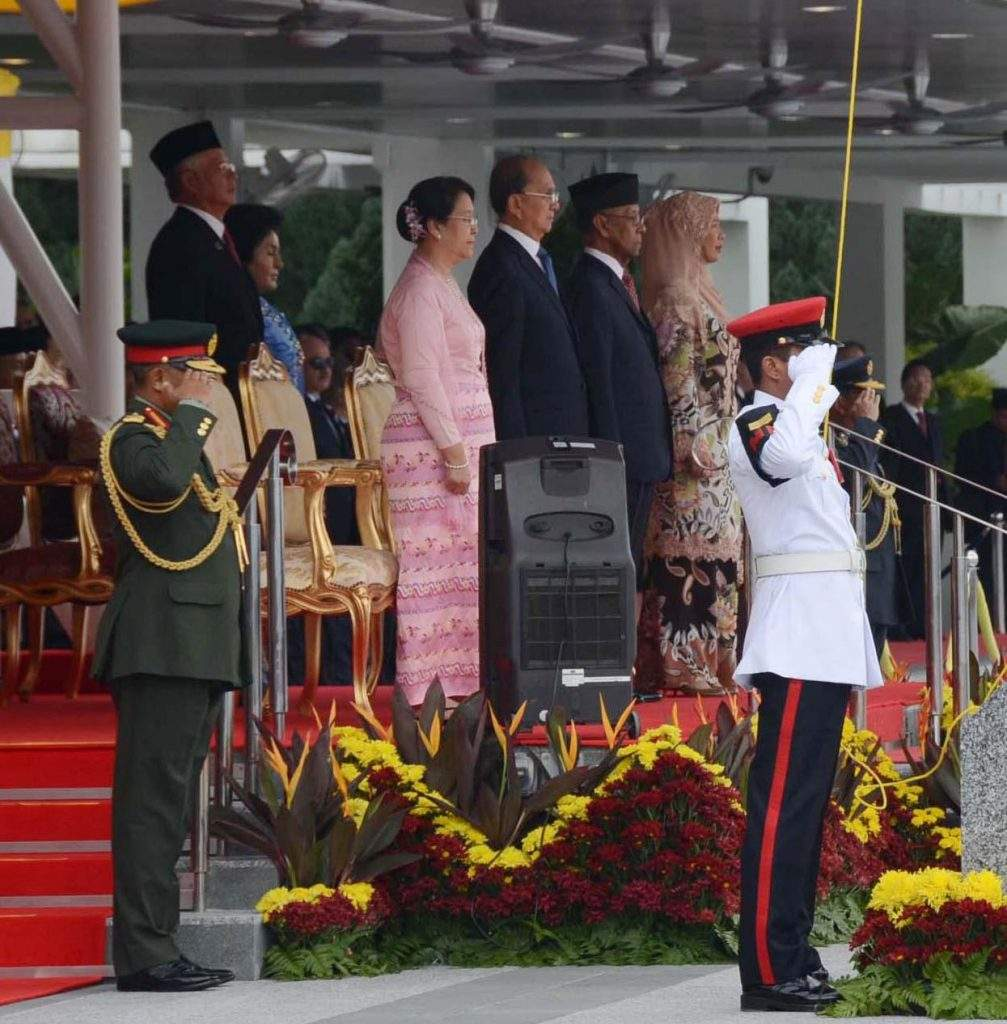 President  U Thein Sein and  Sultan His  Majesty Abdul Halim Mu'adzam Shah of Malaysia take salute of the Guard of Honour at Parliament Square in Kuala Lumpur. mna