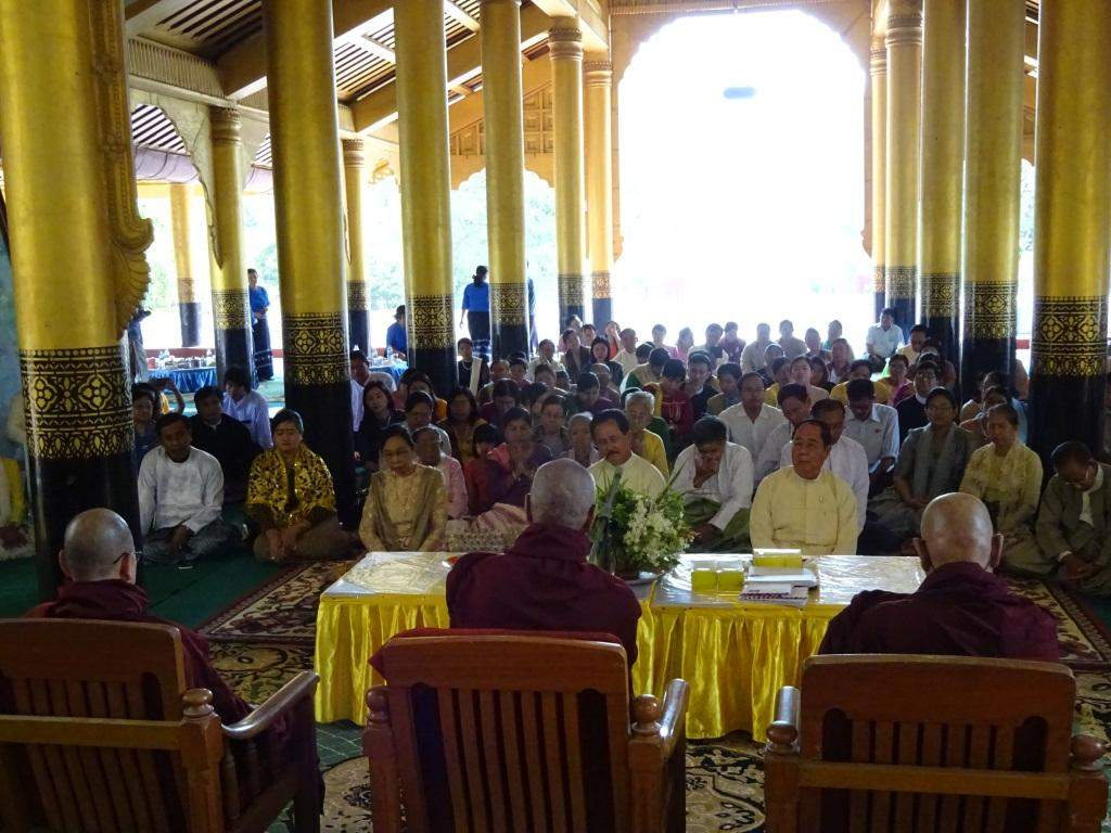 Deputy Minister for Culture U Than Swe attends ceremony to share merits gained from donations to late King Mindon and his royal relatives.