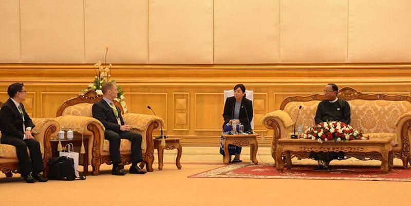 Speaker of Amyotha Hluttaw U Khin Aung Myint receives New Zealand delegation led by Pro-Vice Chancellor Professor Nigel Hemmington of Auckland University.—MNA