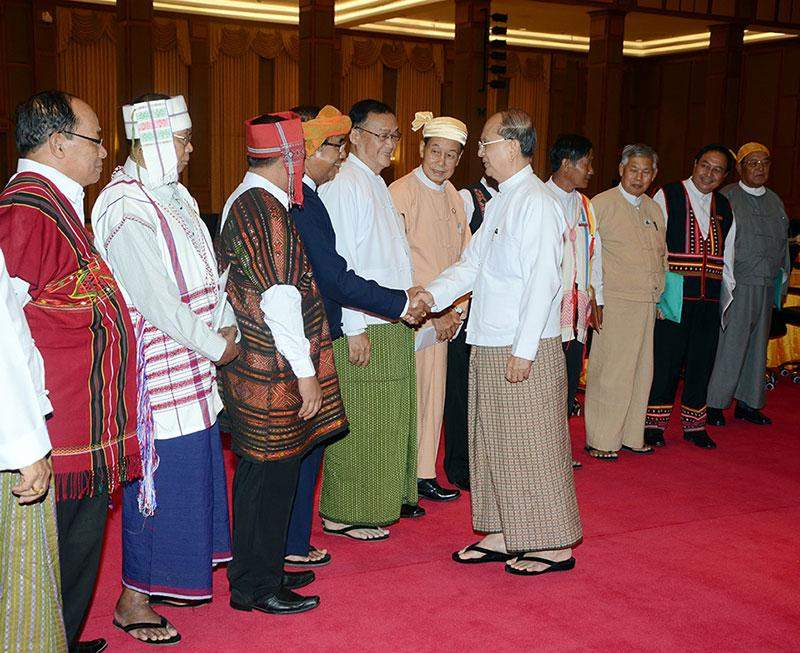 President U Thein Sein greets political leaders, ethnic affairs ministers and ethnic leaders.