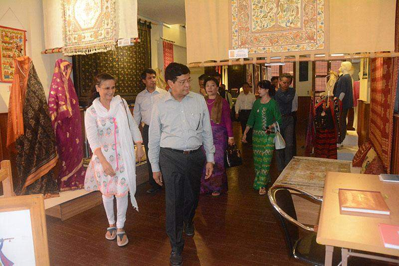 Vice President U Nyan Tun and wife visit museum of traditional Mekong-Ganga textiles in Cambodia.