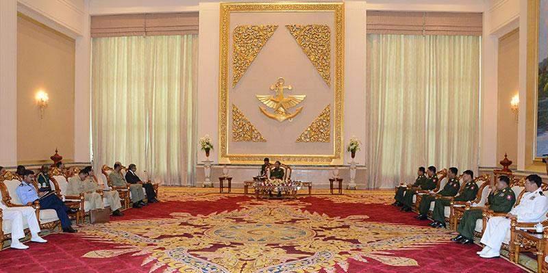 Senior General Min Aung Hlaing receives Deputy Commandant of  National Defence University of Pakistan Brigadier-General Muhammad Aneeq Ur Rehman Malik.