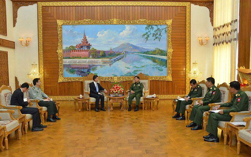 Senior General Min Aung Hlaing holds talks with Chinese Ambassador to Myanmar Mr Yang Houlan.—Myawady