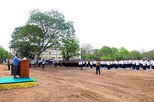 Speaker of Amyotha Hluttaw U Khin Aung Myint meets Red Cross members in Yamethin.