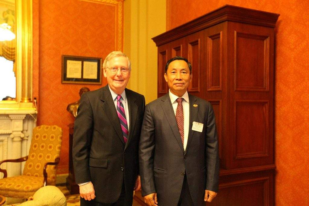 Speaker Thura  U Shwe Mann poses for documentary  photo with US  Senator Mr Mitch Mc Connell.