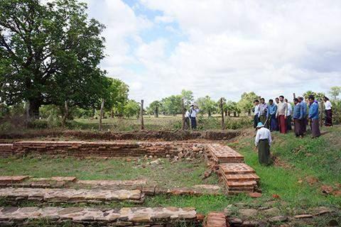 Union Minister for Culture U Aye Myint Kyu inspects stie of ancient Pyu garrison city in Natogyi Township, Mandalay Region.
