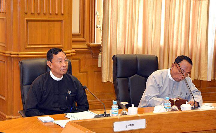 Speaker Thura  U Shwe Mann and Speaker U Khin Aung Myint at work coordination meeting of central committee and working committee for convening Hluttaw sessions.
