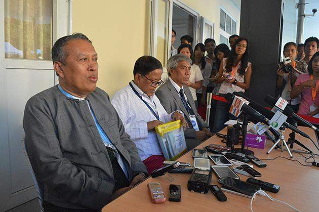 Senior adviser at Myanmar Peace Centre, U Hla Maung Shwe (left),  together with ethnic armed group peace negotiators Nai Hong Sa and Dr Salai Lian Hmung Sakhong,  speaks at a press conference on the national ceasefire accord at the MPC in Yangon in March.