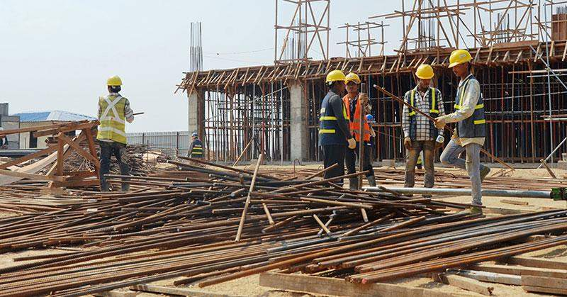 Skilled workers at construction projects in Thilawa Special Economic Zone.—Photo: Myat Thanda