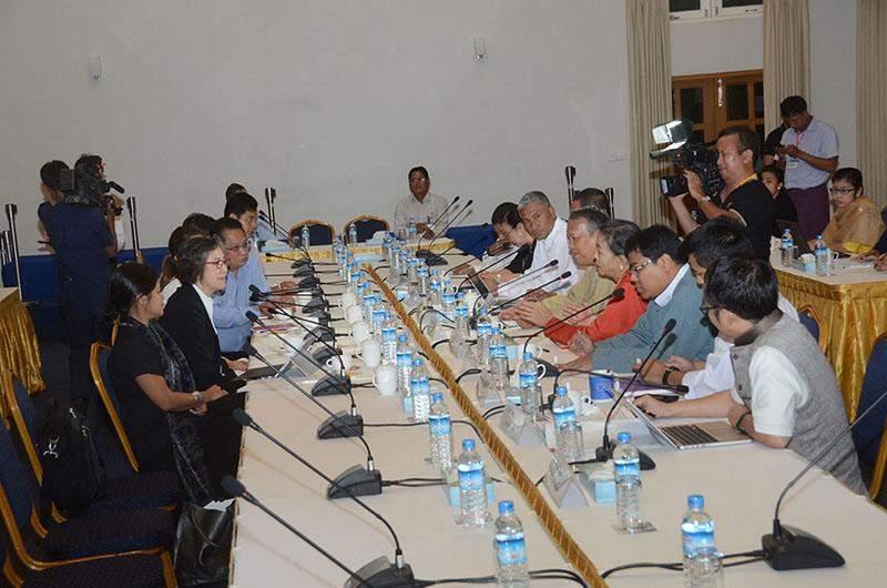 Special Rapporteur Ms Yanghee Lee meets officials of Myanmar Peace Centre.—mna