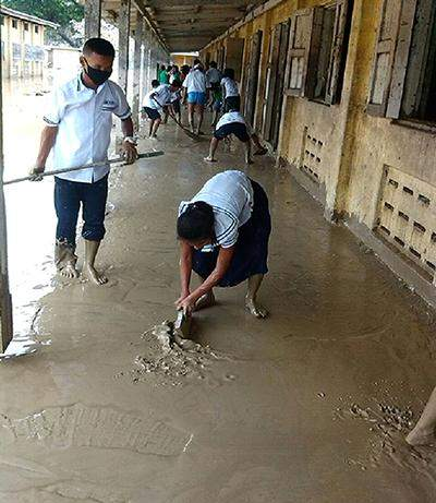 Flood- and landslide-damaged schools in worst-hit areas in Sagaing Region struggle to reopen.—MNA
