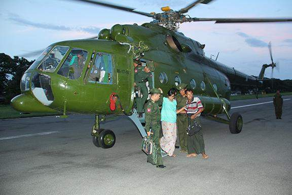 A pregnant faculty member arrives in Kalay to be sent to Kalay military hospital.