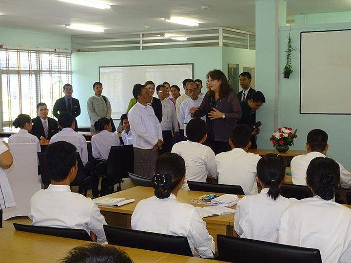 Minister U Htay Aung visits Hilton Hotel's vocational training course.