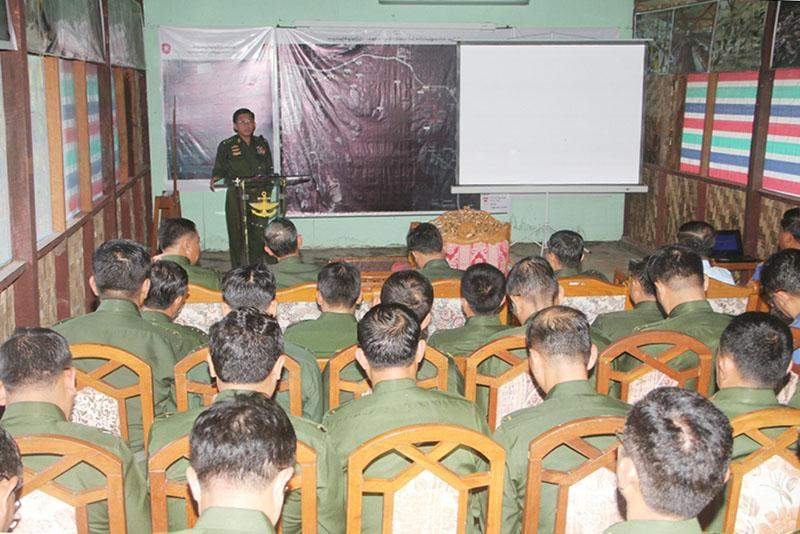 Commander-in-Chief of Defence Services Senior General Min Aung Hlaing talks to military personnel in Nay Pyi Taw. Photo: Myawady