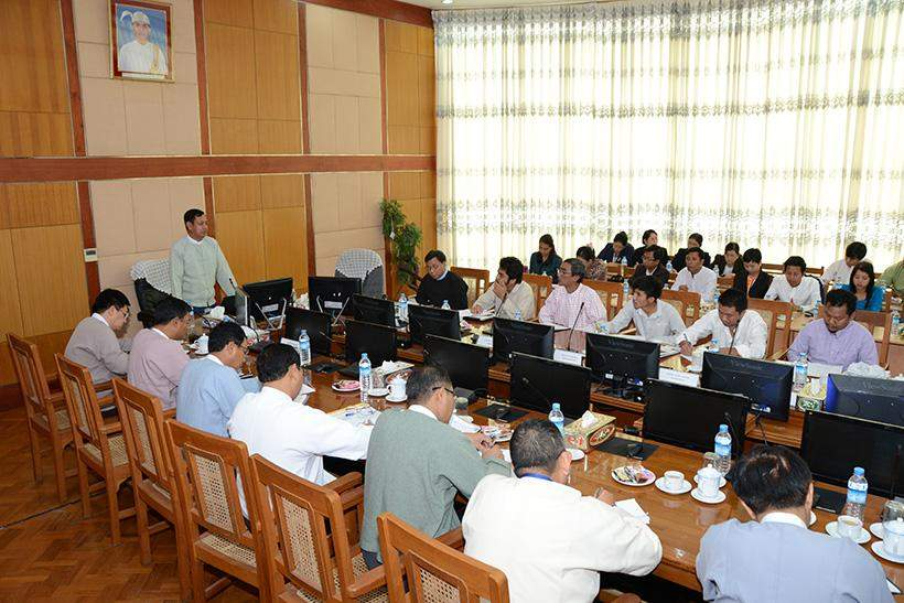 Union Minister for Information U Ye Htut meets officials of ethnic's media.