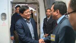 Vice-President U Nyan Tun being welcomed by a Myanmar diplomat on his arrival at Los Angeles . Photo: MNA
