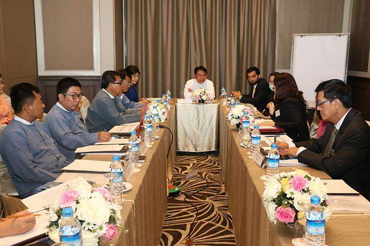 Minister for Culture U Aye Myint Kyu and officials hold talks with experts from UNESCO over future plans for Pyu cities and Bagan.