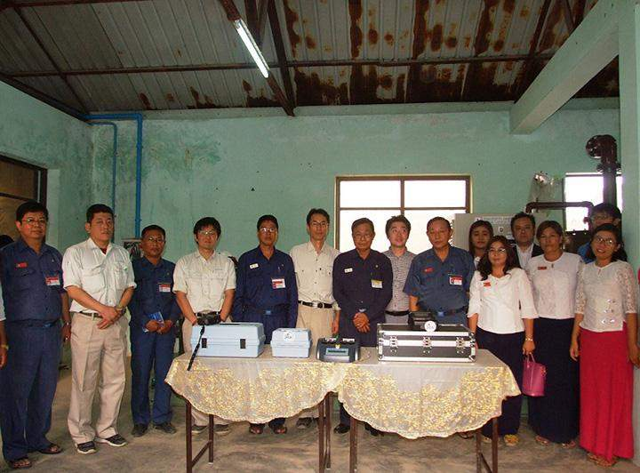 Officials of MCDC receives chlorinator and water analysis kits.