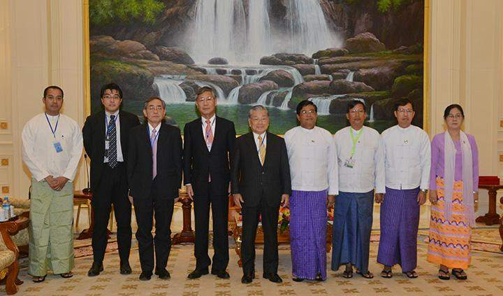 Vice President U Nyan Tun poses for photo with delegation led by Yoshihiro Shigehisa, honorary chairman of JGC Group.