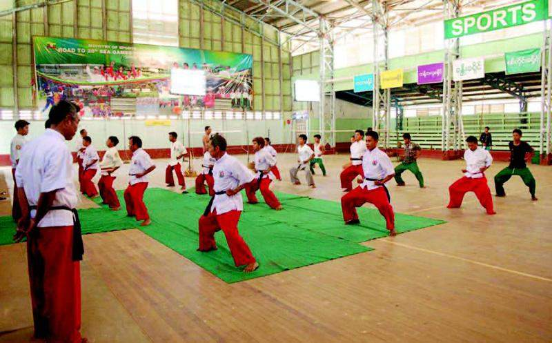A bando refresher course for local trainers. Photo: Pho Chan (Monywa)