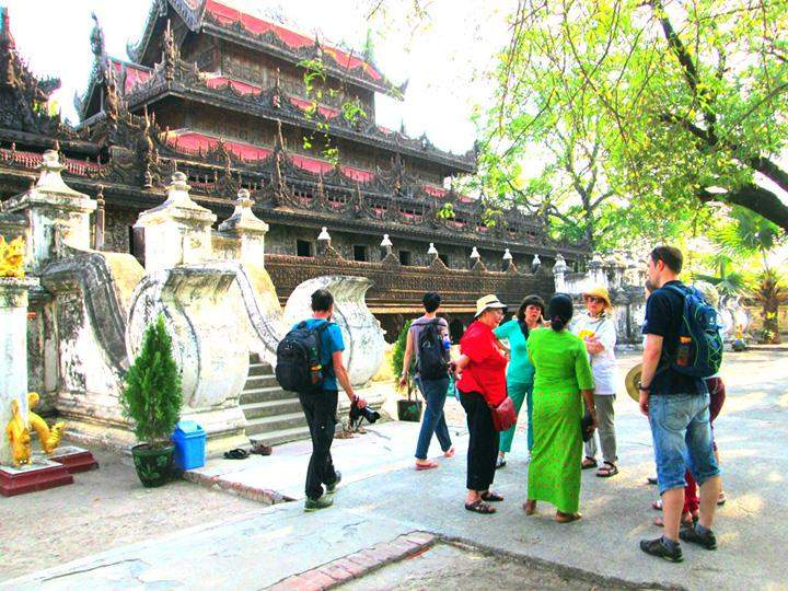 Myanansankyaw Golden Palace.